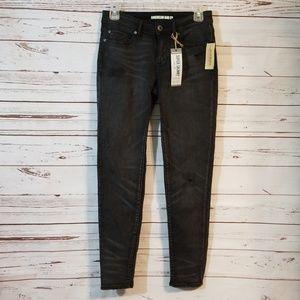 NWT {American Rag} Super Skinny Jeans